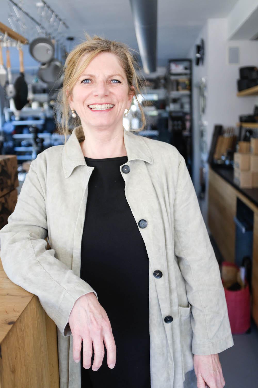 Doris Tscholl-Dekothek